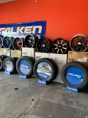 WHEELS AND TIRES WE FINANCE NO CREDIT CHECK for Sale in Phoenix, AZ