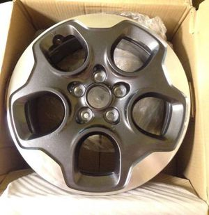 "15 - 18 Jeep Renegade Charcoal and Machined Finish 16"" Rim Wheel for Sale in Clinton, CT"