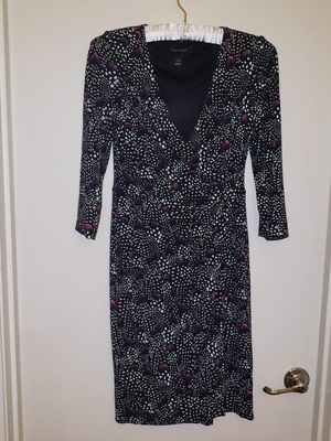 White House Black Market Tunic Moc S Wrap Mini Print Dress (2) Purple for Sale in Phoenix, AZ