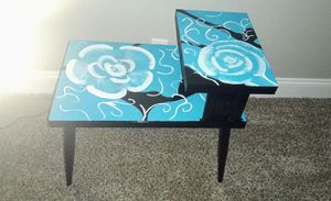 Side Table for Sale in Temecula, CA