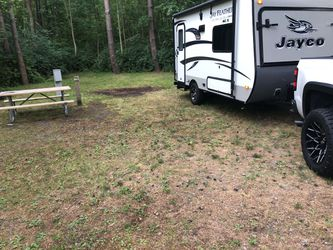 2015 16' Jayco Feather Lite Hybrid for Sale in Rochester,  NY