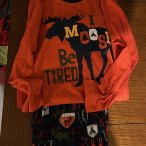 2 Pairs Winter Pajamas Boys Large for Sale in Nashua, NH