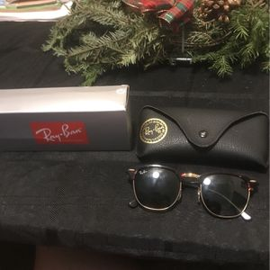Raybands Club Masters With Case for Sale in Boca Raton, FL