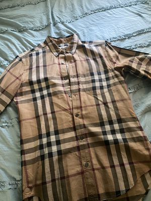 Burberry shirt size small men for Sale in Dallas, TX