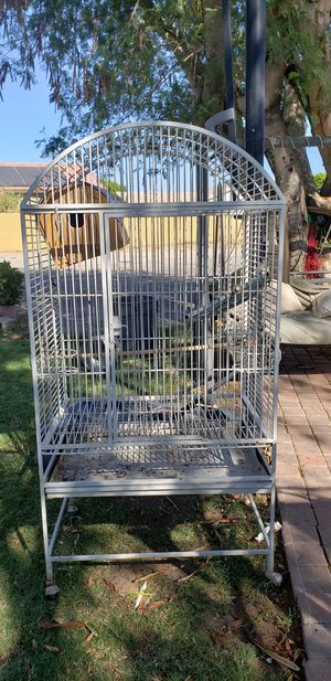 Beautiful and big bird cage for Sale in Indio, CA