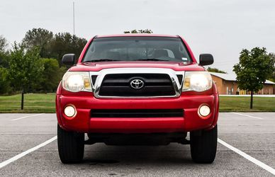 STRONG TOYOTA TACOMA PRE RUNNER 2005 FOR SALE for Sale in San Francisco,  CA