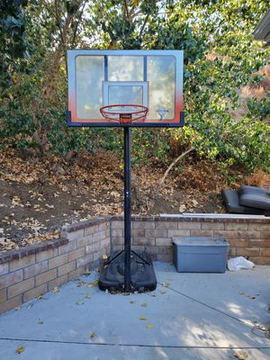 Free Basketball Hoop for Sale in Wildomar, CA