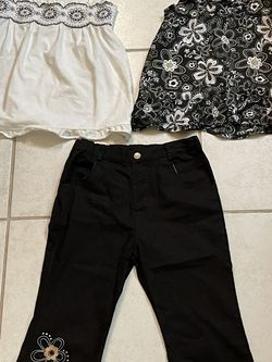 Girls size 6X outfit, two shirts one pass for Sale in Fort Lauderdale,  FL