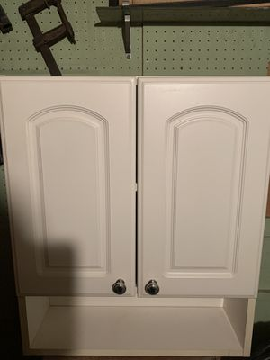 White Bathroom wall cabinet for Sale in Staten Island, NY
