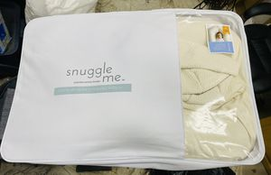 Snuggle Me Organic with extra cover for Sale in Corona, CA