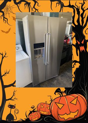 KITCHENAID STAINLESS COUNTER DEPTH SIDE BY SIDE FRIDGE for Sale in Santa Ana, CA