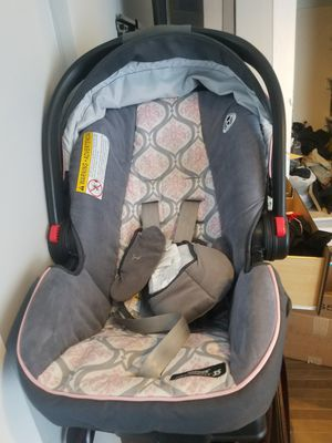 Car Seat with Base for Sale in Portland, OR