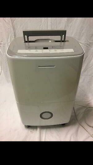 10,000 BTU LG Portable Air Conditioner & Dehumidifier Combo for Sale in Phoenix, AZ