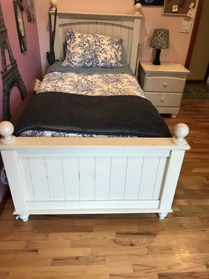 5-Piece Bedroom Set for Sale in North Bend, WA