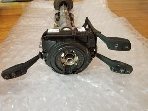 BMW E90 STEERING COLUMN AND SWITCH UNIT for Sale in Boston, MA