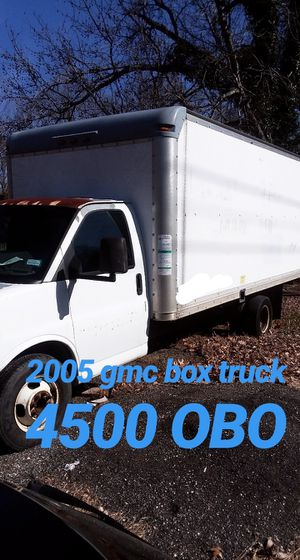 2005 box truck 195,000 runs good in fair condition. Good work horse. MUST SEE for Sale in Washington, DC