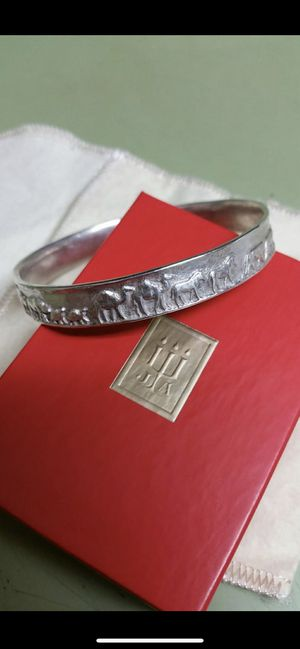 Retired James Avery bracelet for Sale in San Antonio, TX