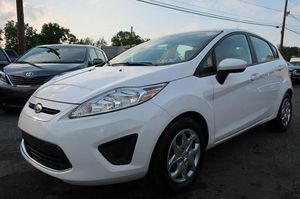 2011 FORD FIESTA SE for Sale in Levittown, PA
