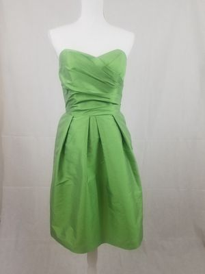 Alfred sung cocktail Sheath dress green bridesmaid maid of honor homecoming prom formal wedding guest for Sale in Chandler, AZ