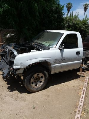 2006 Chevy truck parting out no engine no transmission no differential only what you see for Sale in Perris, CA