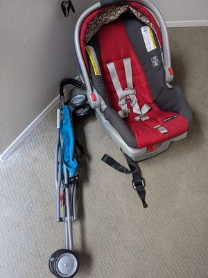 Graco snugride 30 carseat and strollee for Sale in Redmond, WA