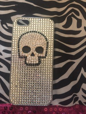 SKULL CASE for iPhone 5/5s for Sale in Sudbury, MA