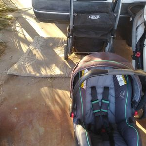 Graco Click Connect Carseat W/base And Stroller for Sale in North Las Vegas, NV