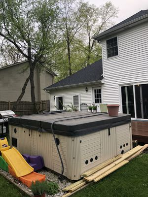 Hot Tub for Sale in Crystal Lake, IL