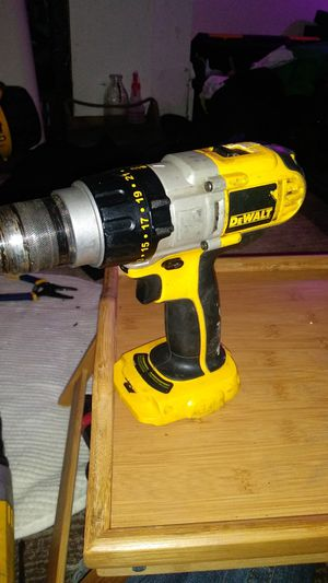 I8 v 🔨 drill bare tool for Sale in Pittsburgh, PA