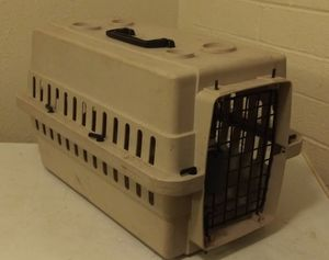 Dog or cat kennel for Sale in Tucson, AZ