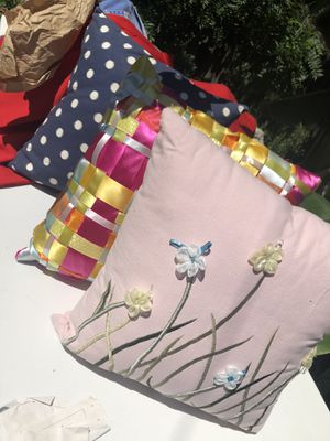 Set of three pillows for Sale in Santa Ana, CA