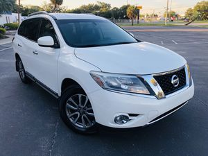 Nissan Pathfinder for Sale in Tampa, FL