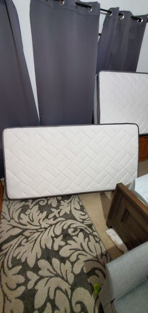 Twin 10 inch hybrid mattress NEVER USED for Sale in Tracy, CA