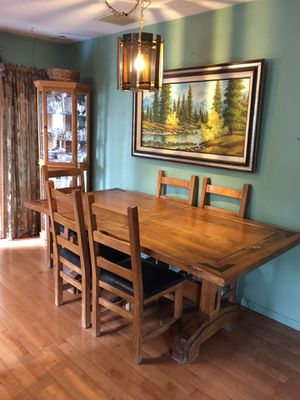 Kitchen table and 6 chairs for Sale in Aurora, CO