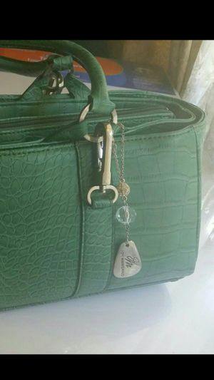 NEW JOY MANGANO CROCO / LEATHER EXPANDABLE PURSE for Sale in Chicago, IL