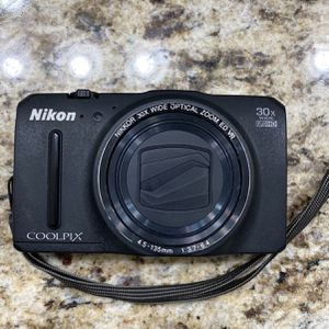 Nikon Cool pix S9700 With Two Batteries And Charger for Sale in Dallas, TX