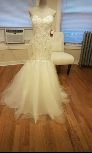 Pearl Color Mermaid Wedding Dress for Sale in Chicago, IL