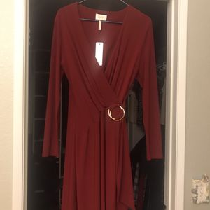 Women's long sleeve dress ready for the holidays for Sale in Wildomar, CA