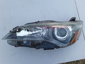 Toyota Camry 2015-2017 Headlight L $70 for Sale in Las Vegas, NV