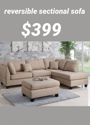 Sand sectional sofa includes ottoman- reversible chaise for Sale in Long Beach, CA