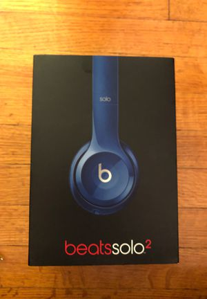 Beats solo 2 wired for Sale in Fort Lee, NJ