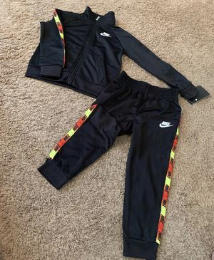 Boys Nike Outfit 3T Months for Sale in Atlanta, GA
