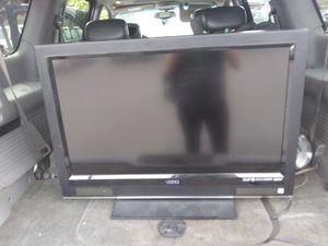 Vizio 32 in Flat Screen for Sale in Lockbourne, OH