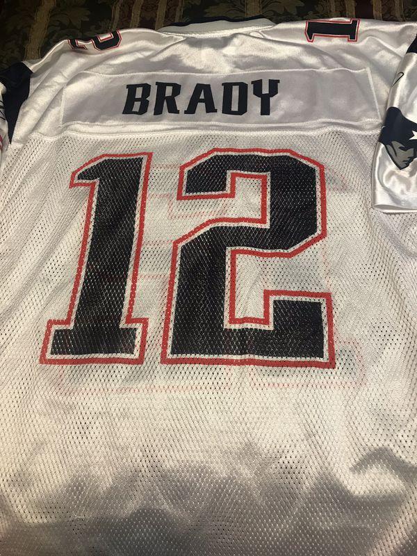 LIKE NEW!!! Authentic Equipment NFL, Patriots Jersey, Brady (12)