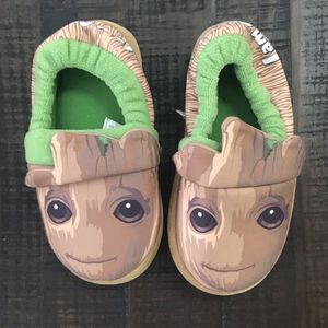 Marvel Groot Child size Large 11-12 Shoes Just $3 for Sale in Port St. Lucie, FL