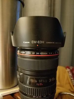 Canon EF 24-105mm f/4 L IS USM Lens for Canon EOS SLR Cameras for Sale in Los Gatos, CA
