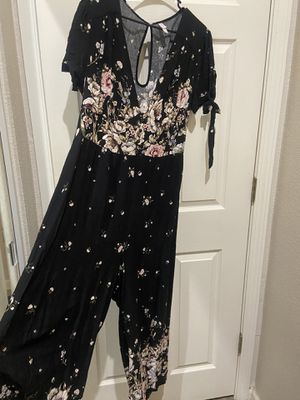 Jumpsuit romper size large for Sale in Antioch, CA