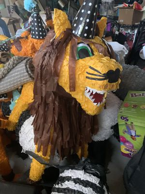 Piñatas, animal party, zoo party, pinatas for Sale in Los Angeles, CA
