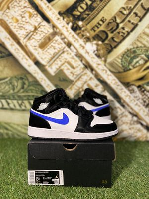 JORDAN 1 MID RACER BLACK/BLUE SIZE 6.5Y for Sale in Queens, NY