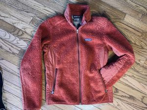 Women's Patagonia Jacket Size Medium for Sale in Beverly Hills, MI